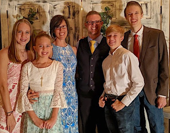 whole_family_bray_wedding